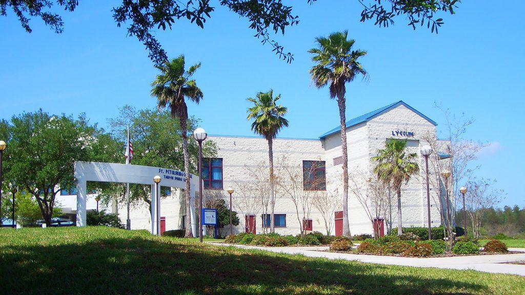 An exterior shot of SPC Tarpon Springs Campus