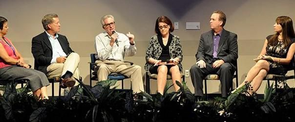 Expert Entrepreneur Panel on stage talking