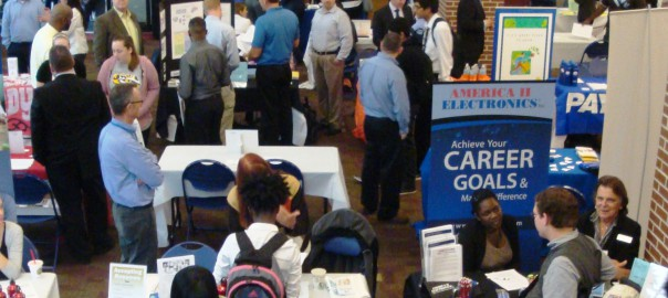 what to do at a job fair
