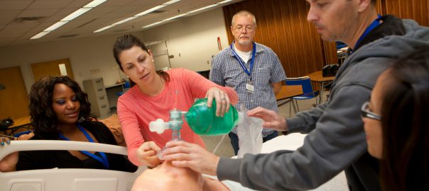 Students learning how to be a respiratory therapist